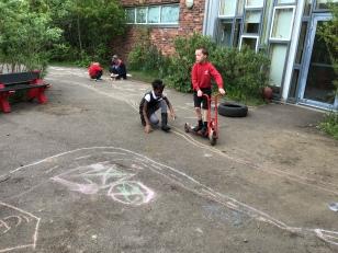 Garden play (4)